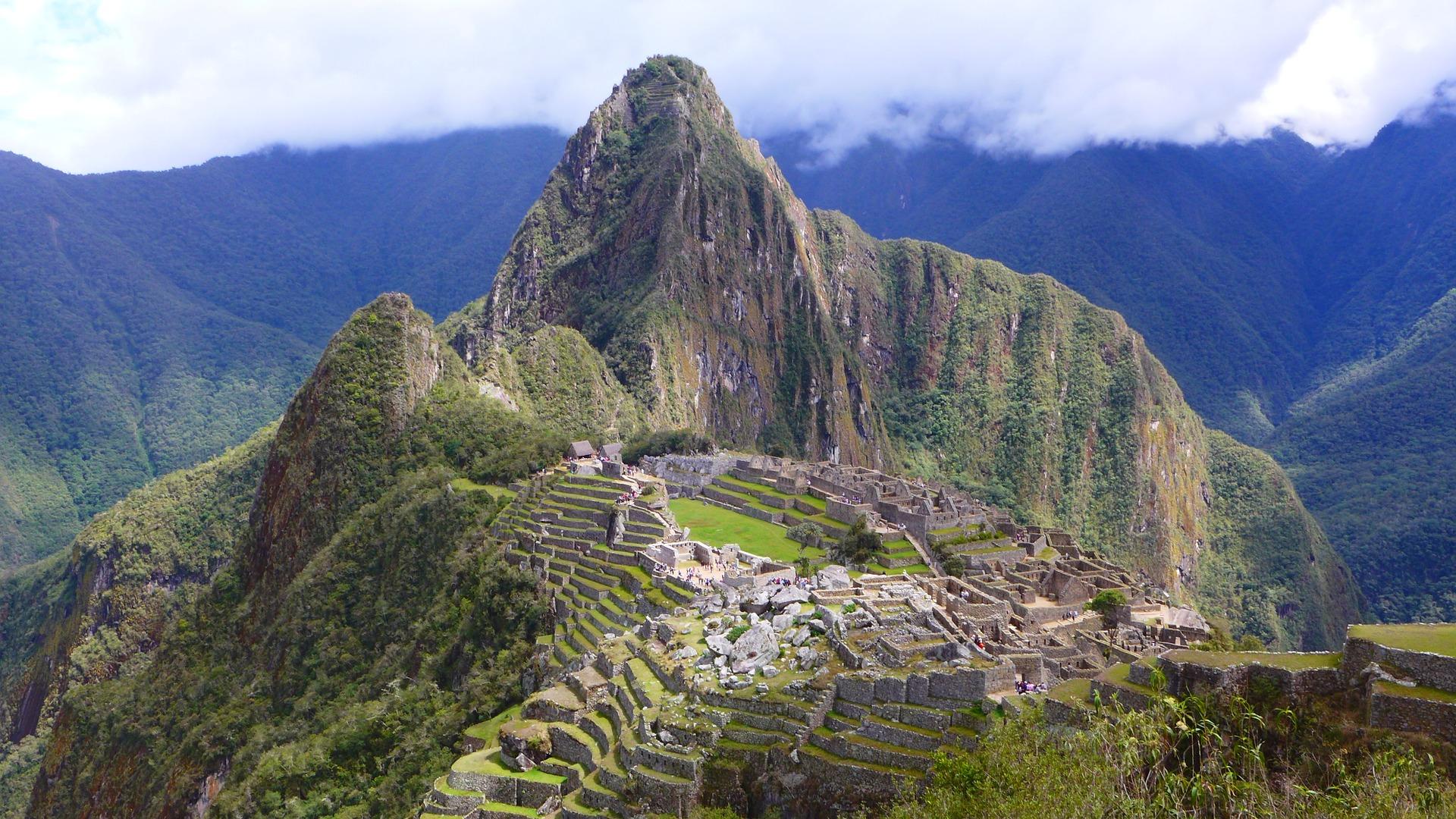 Linhas de Nasca e Machu Pichu