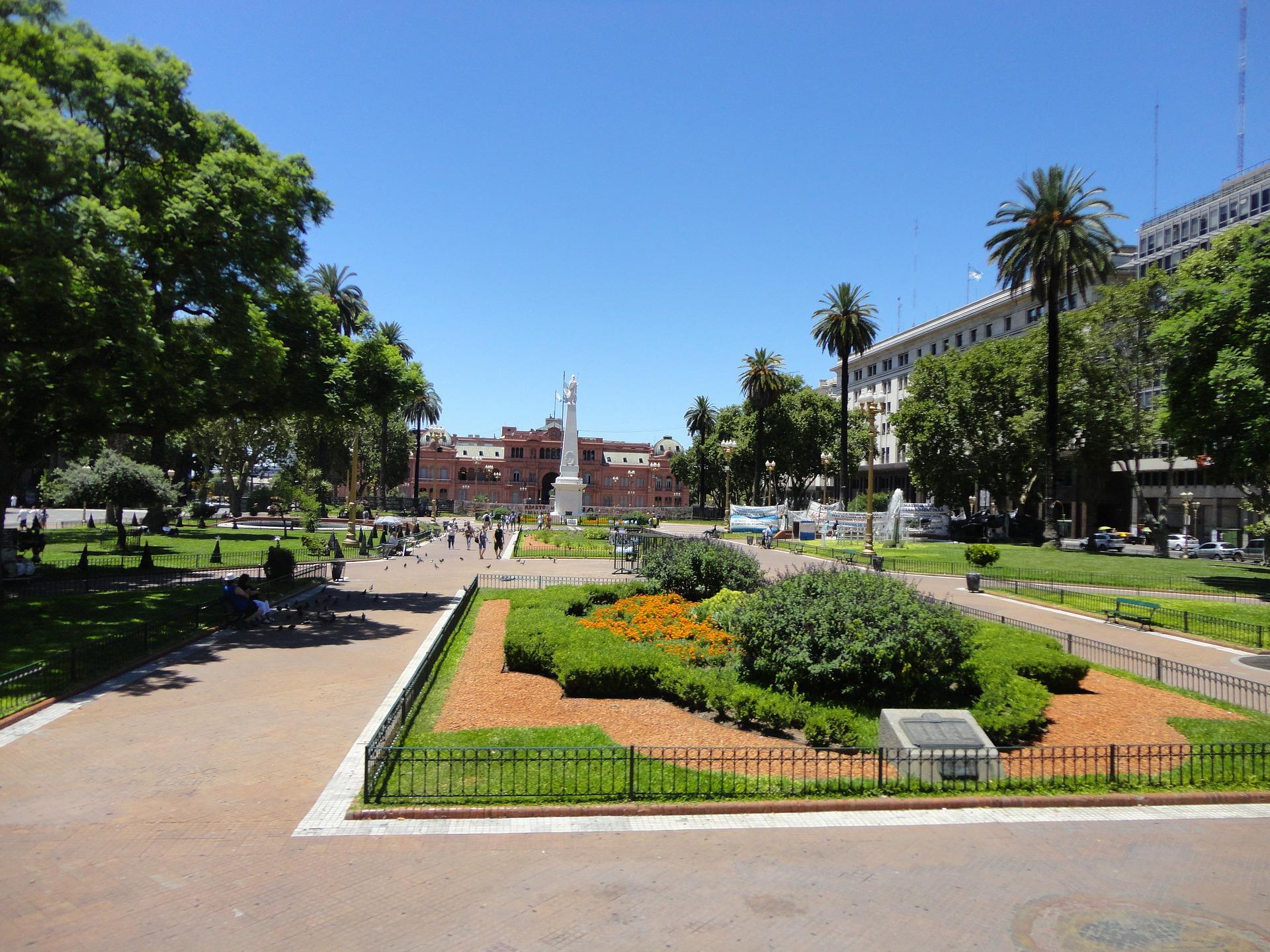 Buenos Aires , Salta e Mendoza
