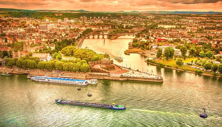 Alemanha - Por Rios, Vinhedos e Castelos
