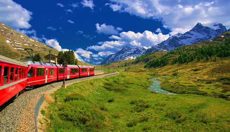 Comboios panorâmicos da Suíça