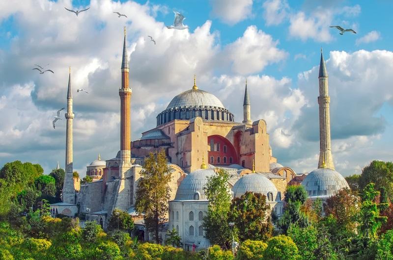 https://pt.tui.com/single_product.php?pkt_id=386&Produto=Istambul & Capadócia&destino=TURQUIA
