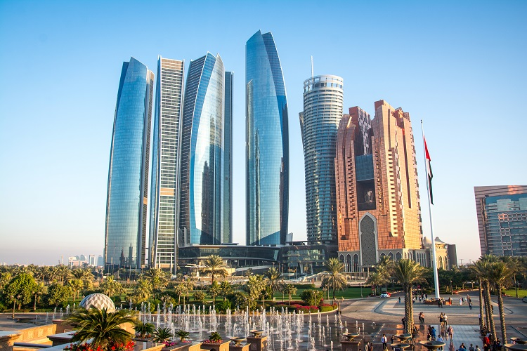 /optitravel/online/www/layout22/single_product.php?pkt_id=752&Produto=Desde 29/03 - Dubai & Abu Dhabi - Voo EK do Porto&destino=EMIRADOS (E.A.U.)